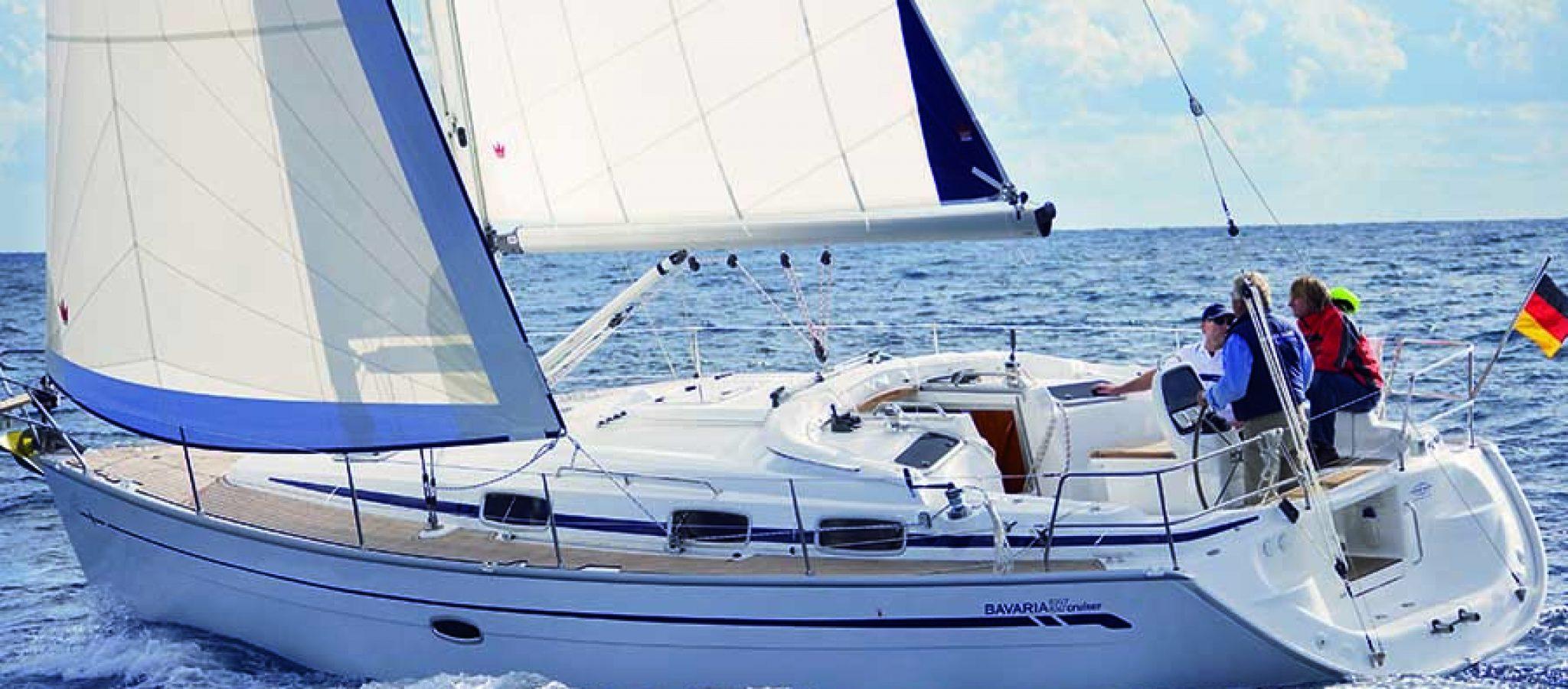 Bavaria 37 cruiser navigation