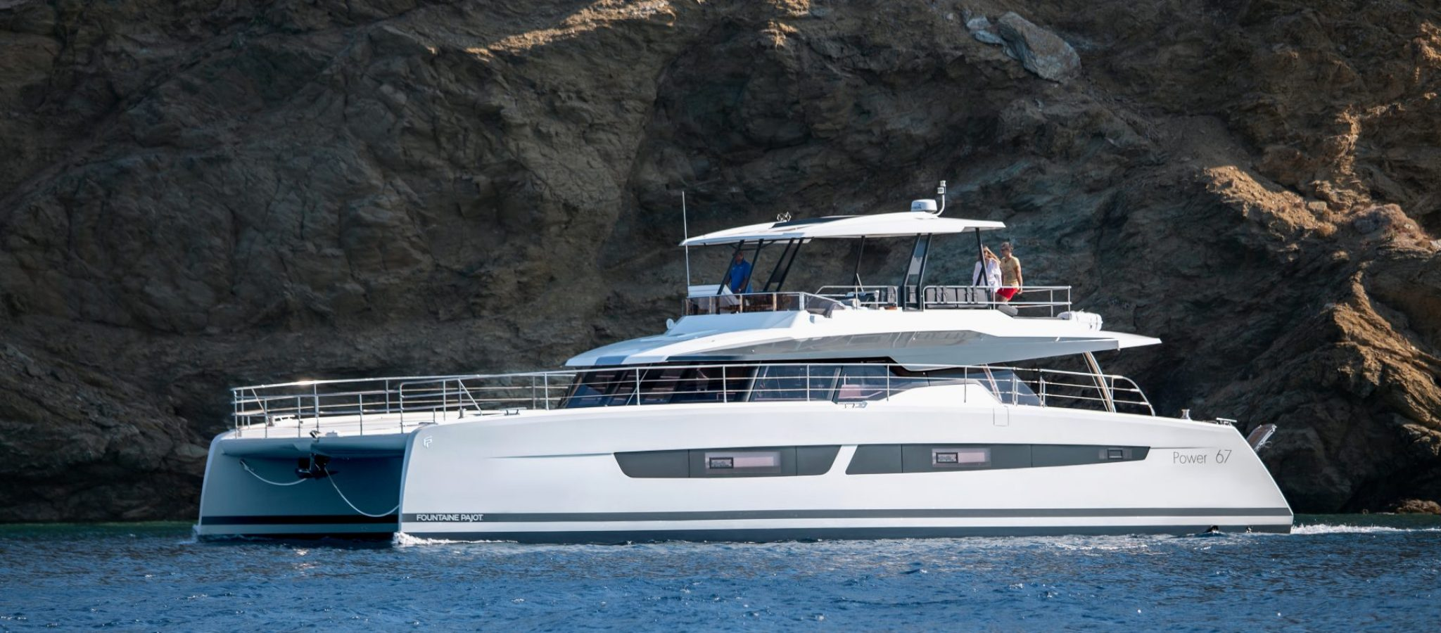 FOUNTAINE-PAJOT-POWER-67-ANCHORING-06