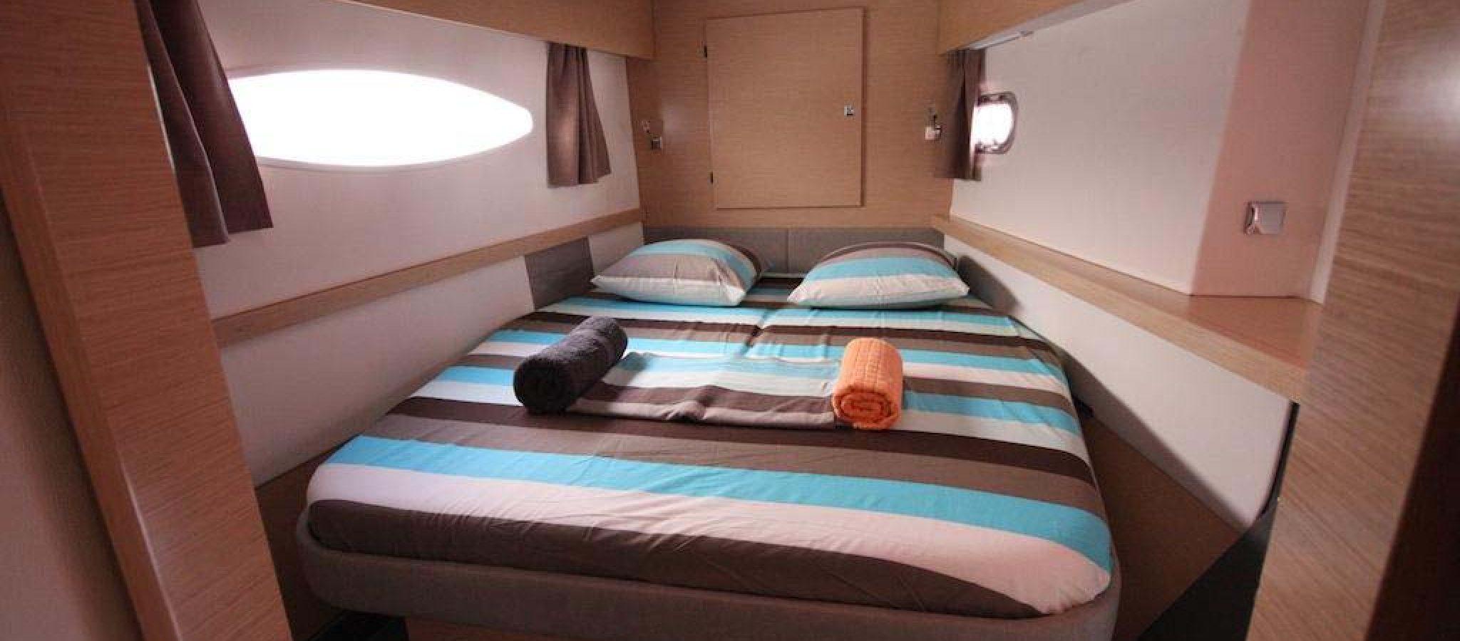 FP Helia 44 cabine 1