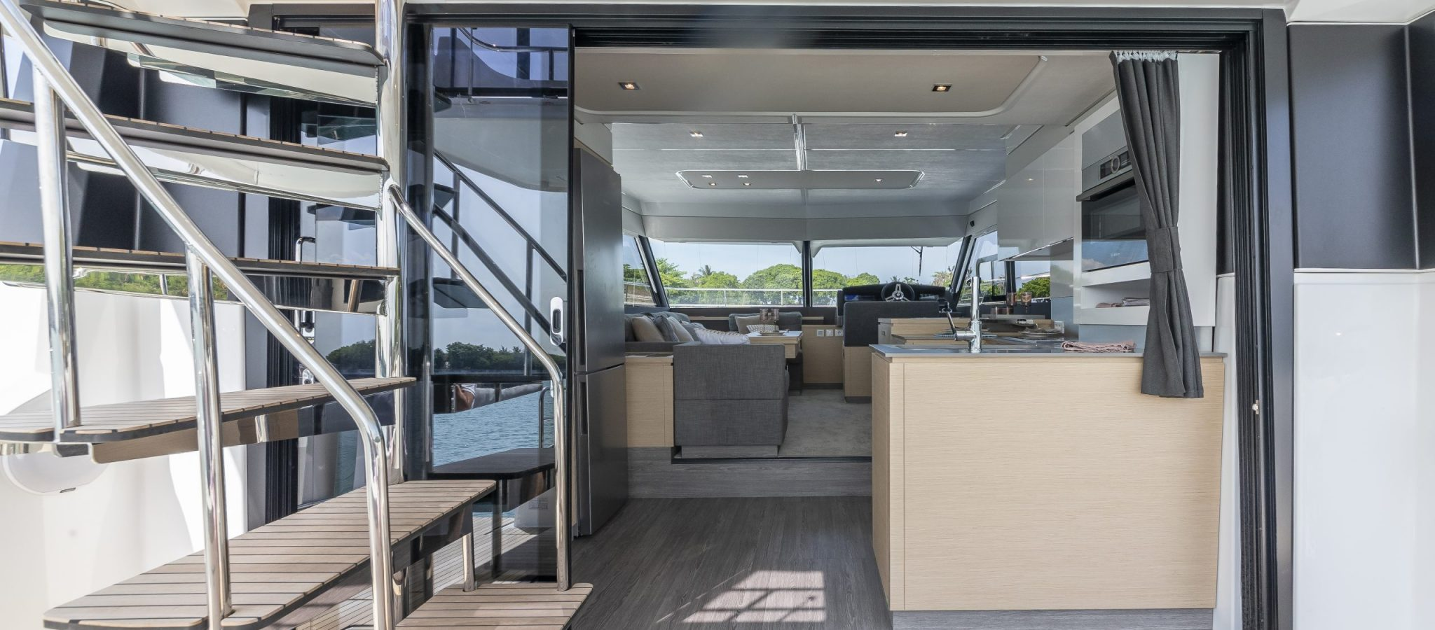 Fountaine Pajot MY40 Accès int