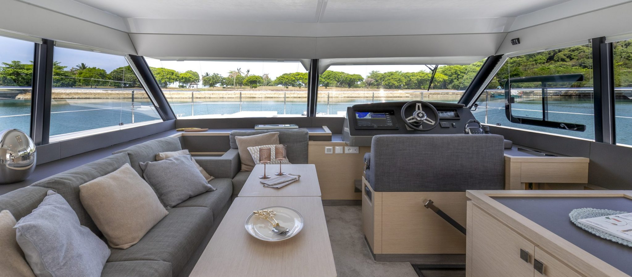 Fountaine Pajot MY40 Int 2