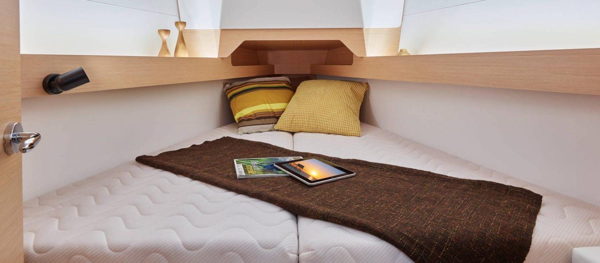 Sun Odyssey 349 cabines 2