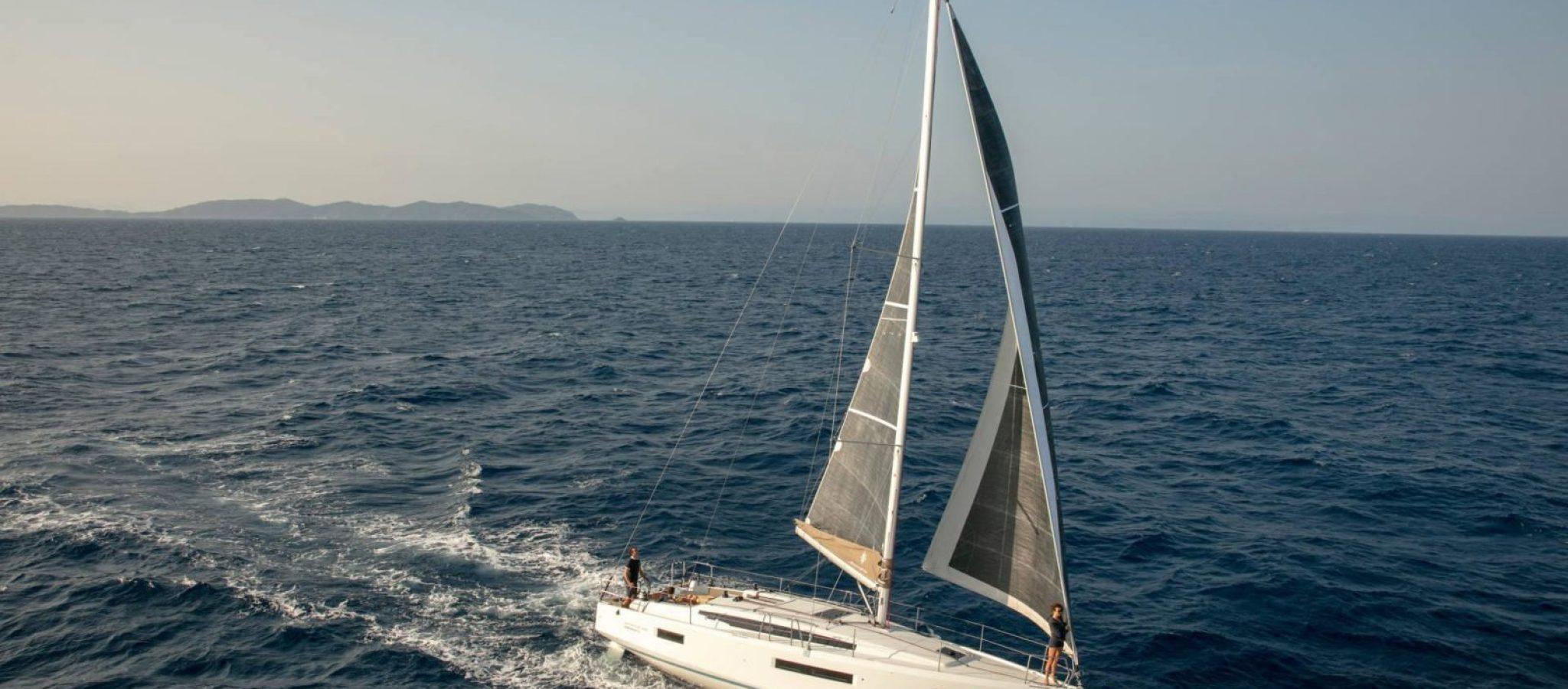 Sun Odyssey 410 nav 2